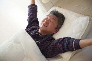 夜間頻尿が改善され熟睡できた男性